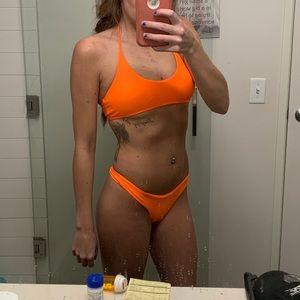 Bikini neon orange